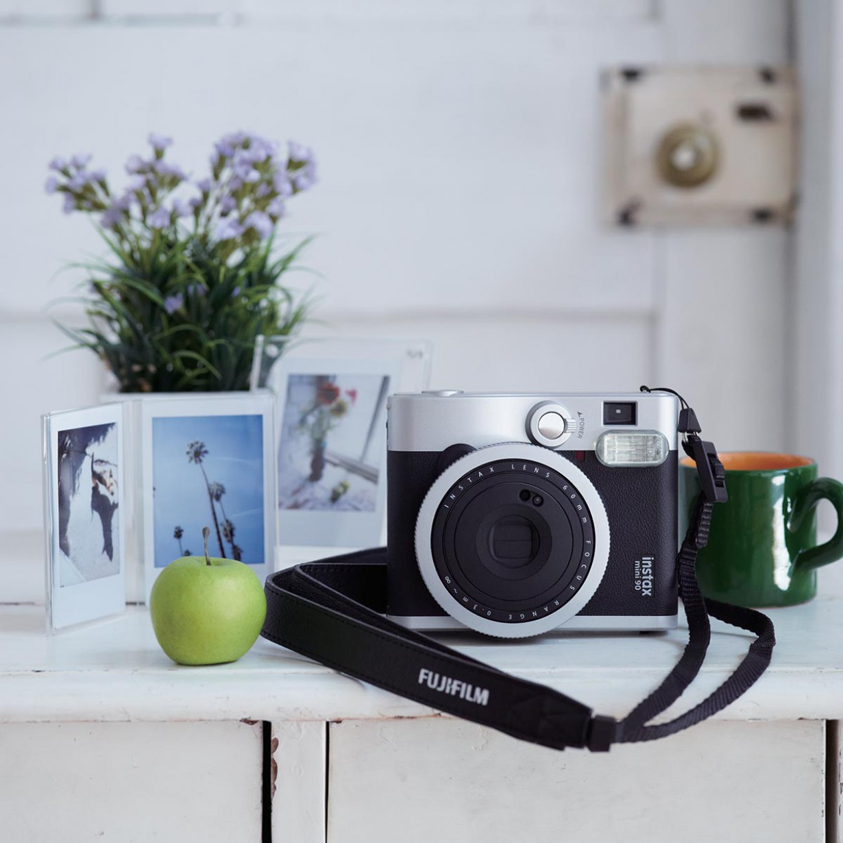 Appareils photo instantané – Fuji Instax Mini 90 Neo Classic